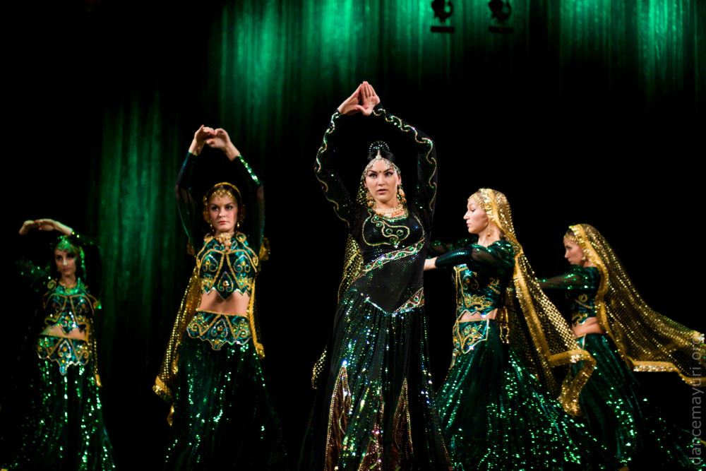 How Indian Films Inspired Dance Troupe Mayuri in Petrozavodsk